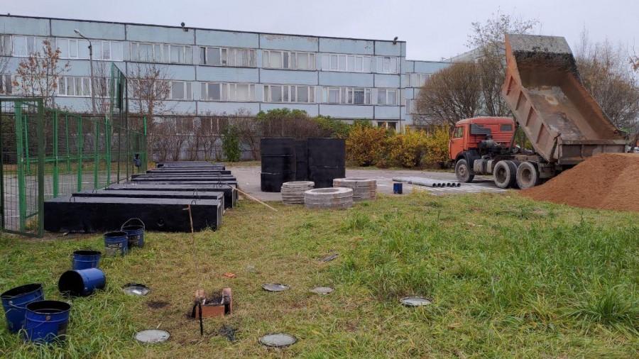 Незаконные работы у 41 школы в Вологде (2).jpg